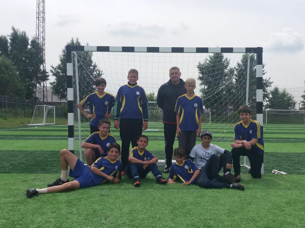 Команда КМЖ «Ракета» провела первый футбольный матч после перерыва.